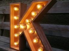 Освещение рекламных конструкций